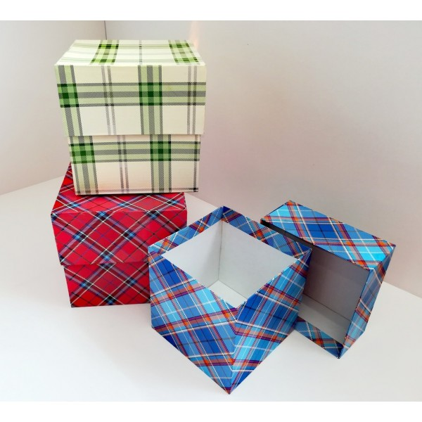 """Коробка подарочная """"Куб 12"""""""